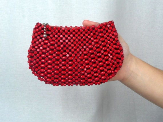 POUCH - 1930s - zippered WOODEN beaded pouch - made in czechoslovakia - with handle