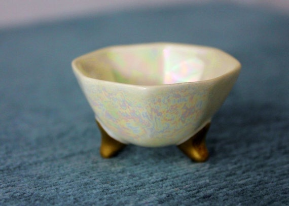 SALT CELLARS - set of 4 - IRRIDESCENT - footed bowls - tiny - gold - white
