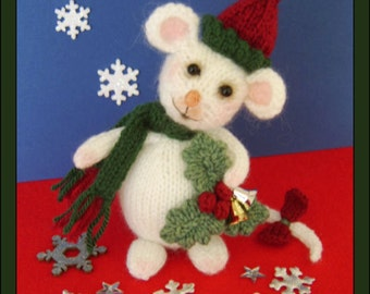 Holly the Christmas mouse   :   Pattern only IMMEDIATE DOWNLOAD
