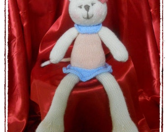 Cuddle me Kitty  :   Pattern only IMMEDIATE DOWNLOAD