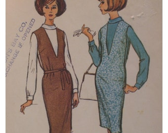 "1960s Womens Jumper Pattern,  Straight Cut, V Neck, Long Sleeved Blouse, McCalls No. 7232 Size 10 (Bust 32"" 81cm)"