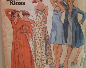 Vintage 1970s John Kloss Nightgown and Robe Pattern,  Butterick No. 3987 Size 12 (Bust 34, 86cm)