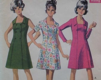 "1960s Paneled Dress Pattern, Vintage Fitted, Square Neckline, Collar - Style No. 2468 Size 12 (Bust 34"", 87cm)"