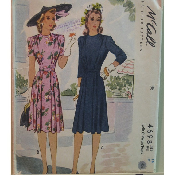 "Vintage 1940s Womans Pleated Dress Pattern McCall No. 4698 Size 10 (Bust 32"", 81cm)"