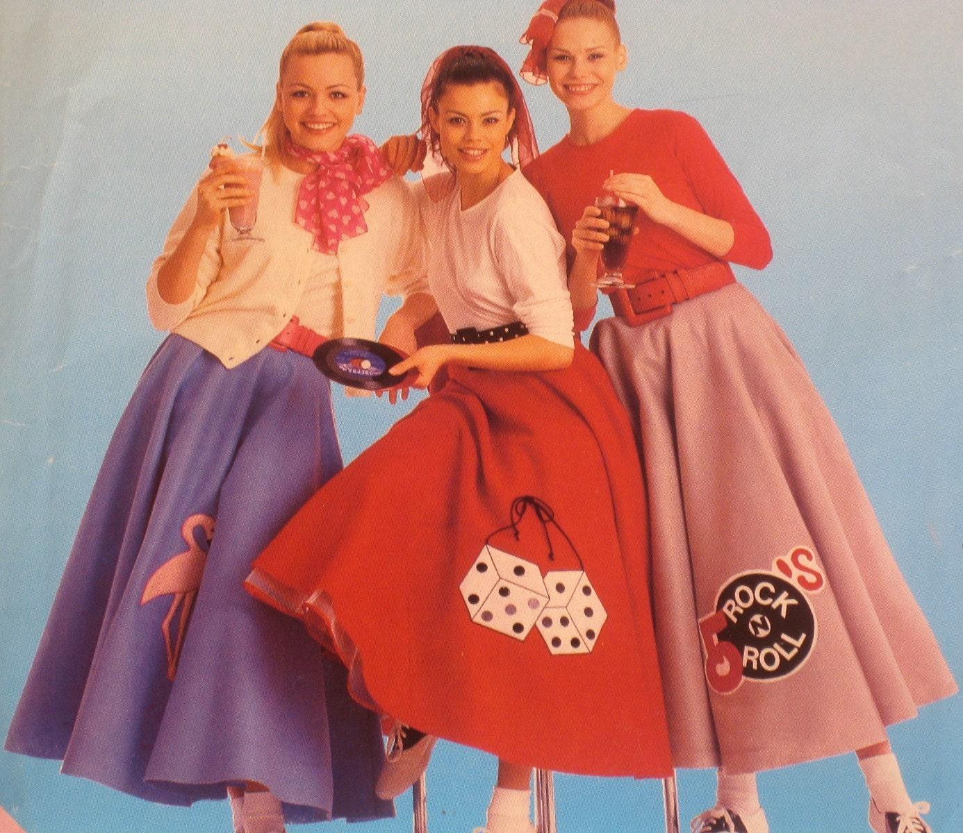 Poodle Skirt Size 12