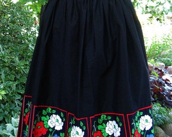 The Vintage 1960's European Red and Blue Carnations Border Skirt