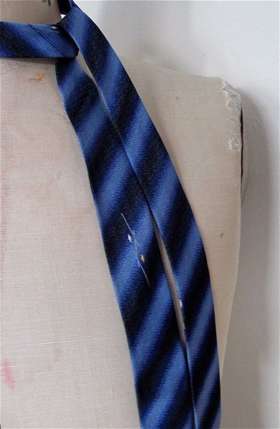 The 1950's  Diagonal Striped California Tie