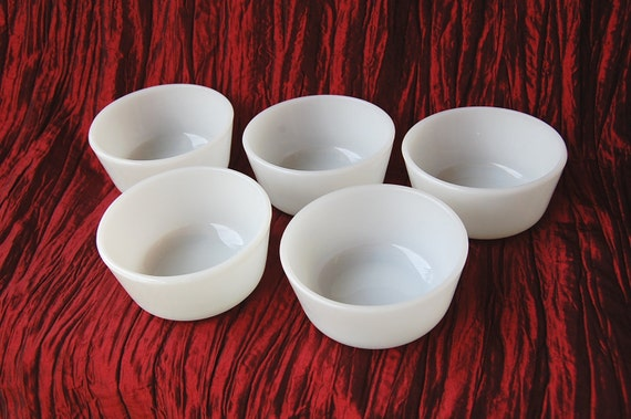 Set of 5 Vintage Milk Glass Fire King Ramekins or Custard Cups