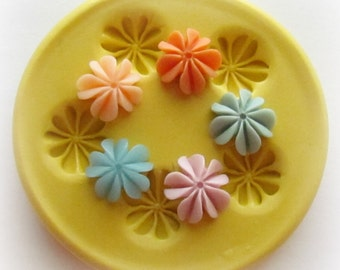 Tiny Flower Mold Mould Resin Clay Fondant Jewelry Charms Flexible Molds