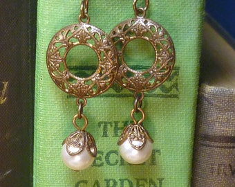 Vintage Steampunk pearl and Victorian brass earrings E004