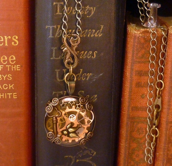 Airship steampunk traveler blessing necklace- N001