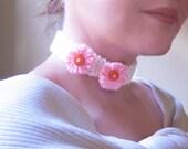 Two Pink Flowers Knit Choker