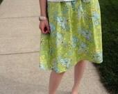 Taylor - Elastic Waist Skirt (size 4-6) Waist 25-26