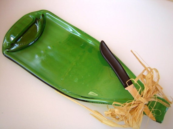 CIJ Sale - Recycled Green SLUMPED WINE Bottle Cheese Tray, Slumped Plate, Spoon Rest with Cheese Knife