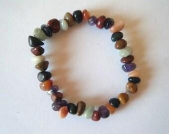 Multi-colored agate pebble bracelet