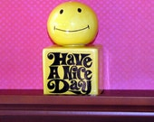 Vintage Enesco Smiley Have a Nice Day Salt and Pepper Shaker, A Mod Must