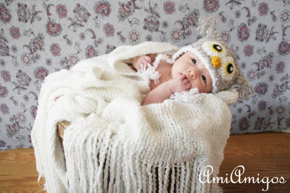 Crochet Fuzzy Light Gray Owl Hat (Newborn)