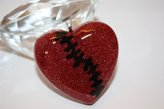 CLOSING SALE 50% off - Broken Heart Resin Pendant - Aull About You