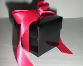 Favor Box in glossy black with hot pink ribbon