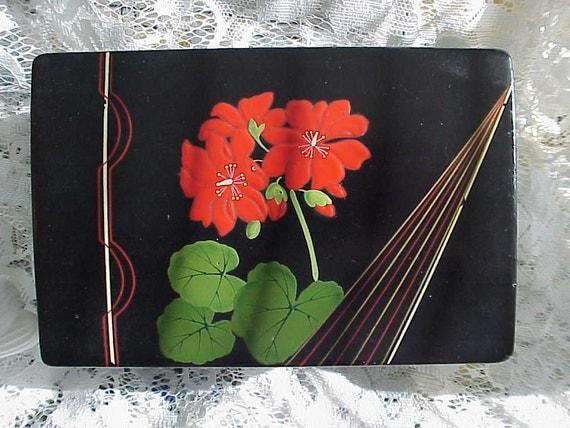 Sale...Beautiful VINTAGE MUSICAL Geranium Flower Jewelry BOX