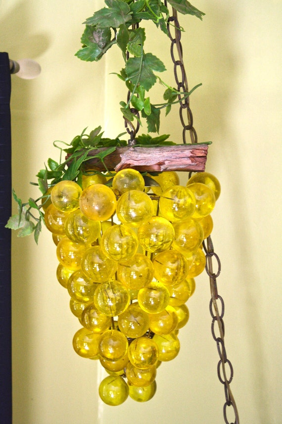sale vintage swag lamp 1970 grapes by trailerkitschdecor on etsy. Black Bedroom Furniture Sets. Home Design Ideas