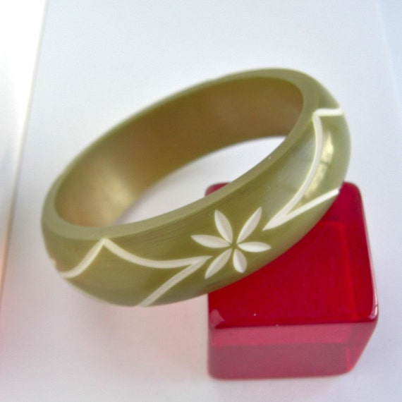 Vintage Hand Carved Bangle Bracelet - Beautiful Olive Green Overspray