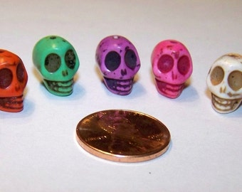 SKULLS Tiny Multi Colored Stone Howlite Beads (7 Pieces)