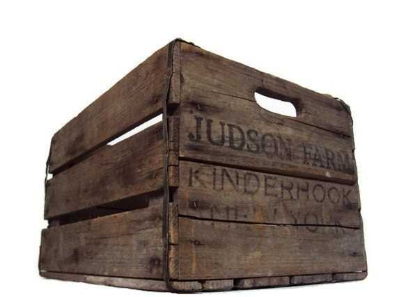 Vintage Wooden Crate, Wood Crate, Country Cottage Rustic Storage, Shabby Chic Home Decor, Industrial Chic Primitive