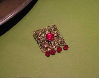 Vintage Filigree Pin With Red Accents
