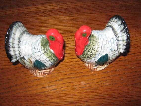 Vintage Turkey Salt and Pepper Shakers for Thanksgiving Table