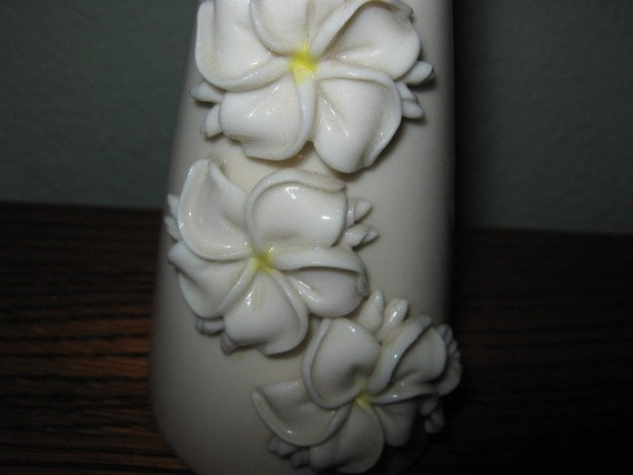 Vintage Signed by Artist Okamuto Porcelain Hawaiian Bud Vase
