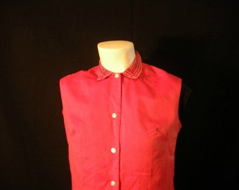 Vintage Red Sleeveless Blouse with Woven Collar