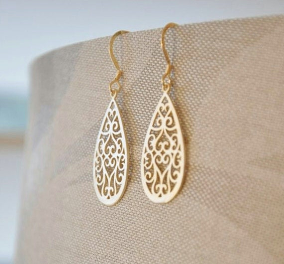Gold Teardrop Oriental Filigree Earrings/Asian Inspired Earrings/ Delicate Gold Earrings/Simple Gold Earrings/ Dainty Earrings