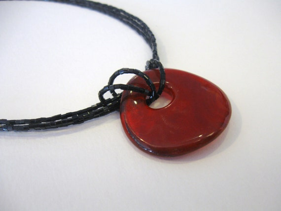 Beautiful Round Red Glass Pendant Necklace 19 - 22 inches