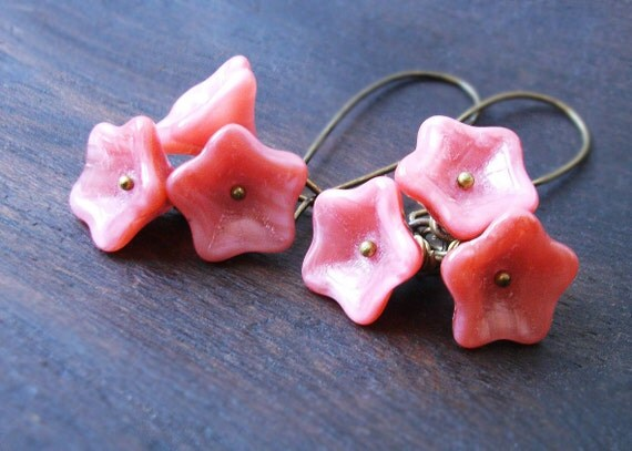 Pink Flowers Earrings. Vintage Inspired Antiqued Brass and Glass beads. Creamy Dusty Rose.