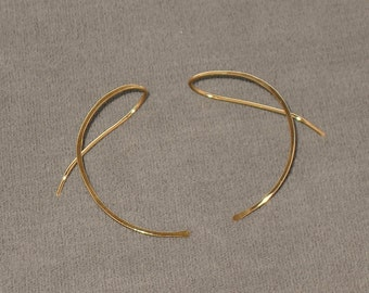 Gold Filled Curve Earrings