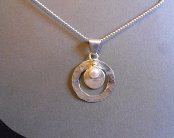pearl and sterling silver pendant