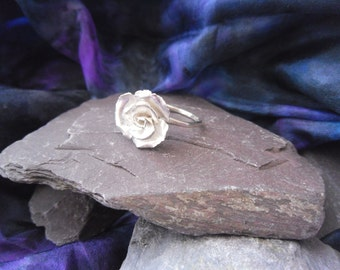 little hammered rose, silver ring