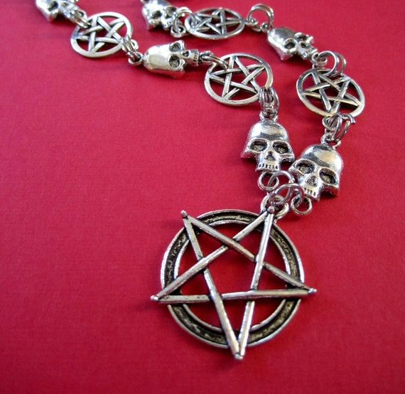 xX Dance With The Devil Xx Necklace - Pentagram and Skulls -