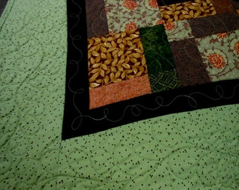 Quilt Shades of Autumn Bed Quilt Machine Quilted