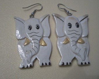 Wood Elephant Earrings, Hand Painted, from Nanas Vintage Shop on Etsy
