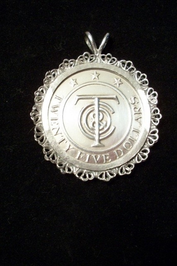 Sterling Silver, TIFFANY MONEY, 25 Dollar Coin, Pendant from Nanas Vintage Shop