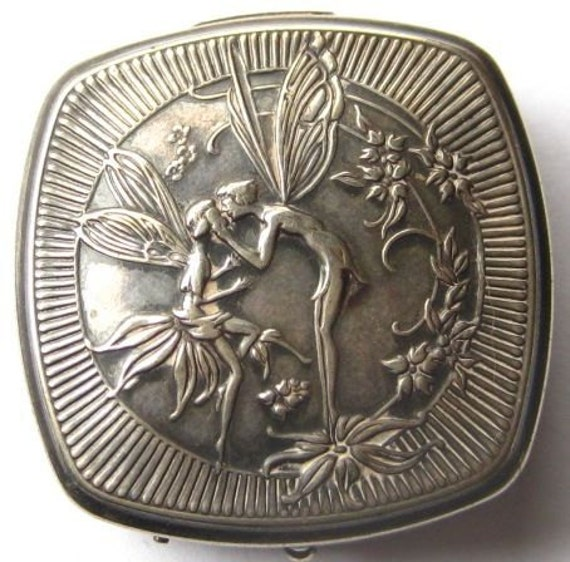 Vintage Deco Djer Kiss Poudre Kerkoff  Kissing Fairies Compact Patent 1925 Maxfield Parrish Design