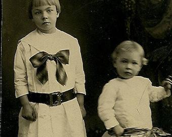 Old Photo - Little Girls - RPPC - Real Photo Postcard - Edwardian Children - Circa 1910s