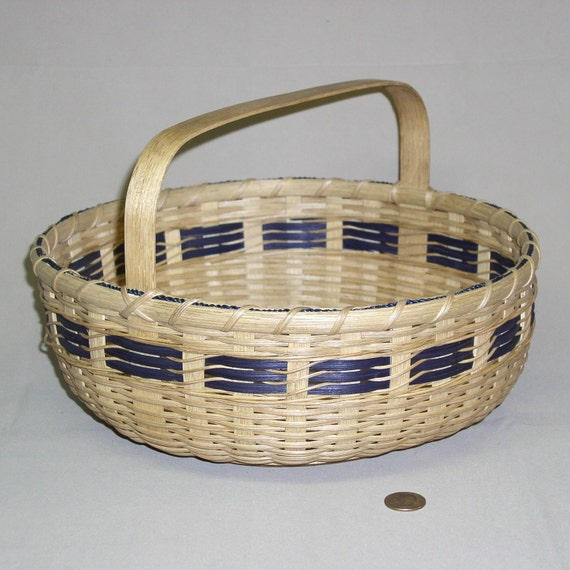 Hand Woven Pie Carrier Basket with Wood Base and Handle and Navy Accents