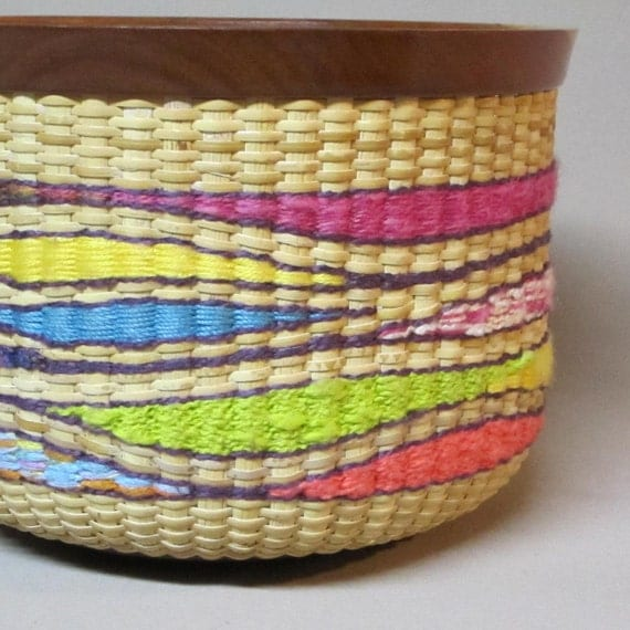 Nantucket Style Basket with Colorful Tapestry Weave, Hand Woven, Cherry Wood Base, Rim and Lid