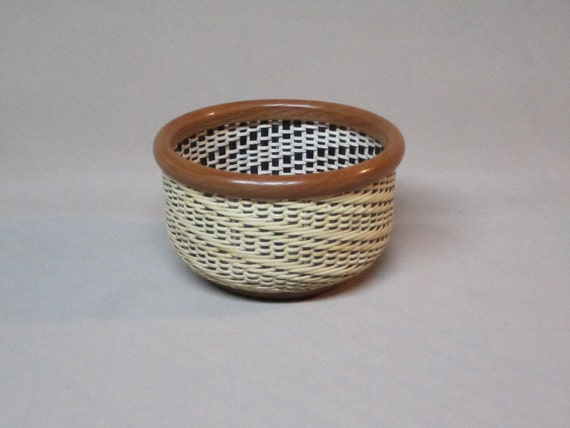 Small, Round Nantucket Lightship Style Basket, Hand Woven, Fancy Twill Weave