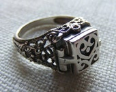 Antique 1930's Sterling Silver French Ornate Filigree Secret Compartment Ring Size 7