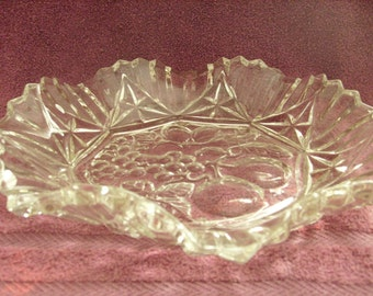 Pioneer Pattern Ruffled Fruit Crystal Bowl