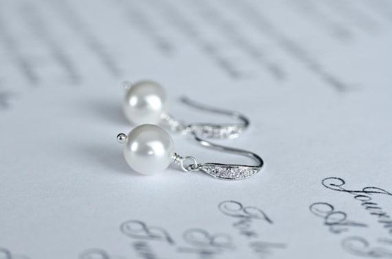 Bridal Pearl Earrings ,White/Ivory Swarovski Single Pearl Earrings, Pearl Wedding Earrings, Small Pearl Earrings, Pearl Jewelry